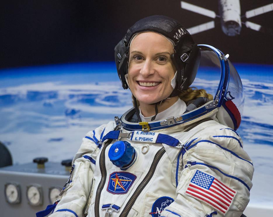 Los astronautas votan a través de correo electrónico.