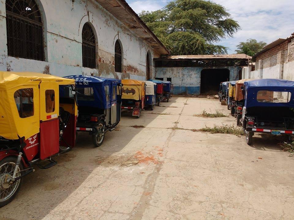 Contin an los operativos contra los mototaxistas que no respetan la ampliaci n del anillo vial - Oficina municipal del taxi ...