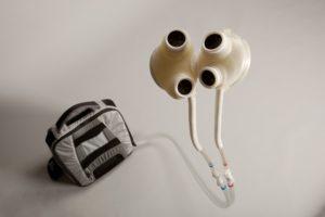 Artefacto permite llevar una vida normal al paciente en busca de un trasplante de corazón - Foto: Universidad de Michigan