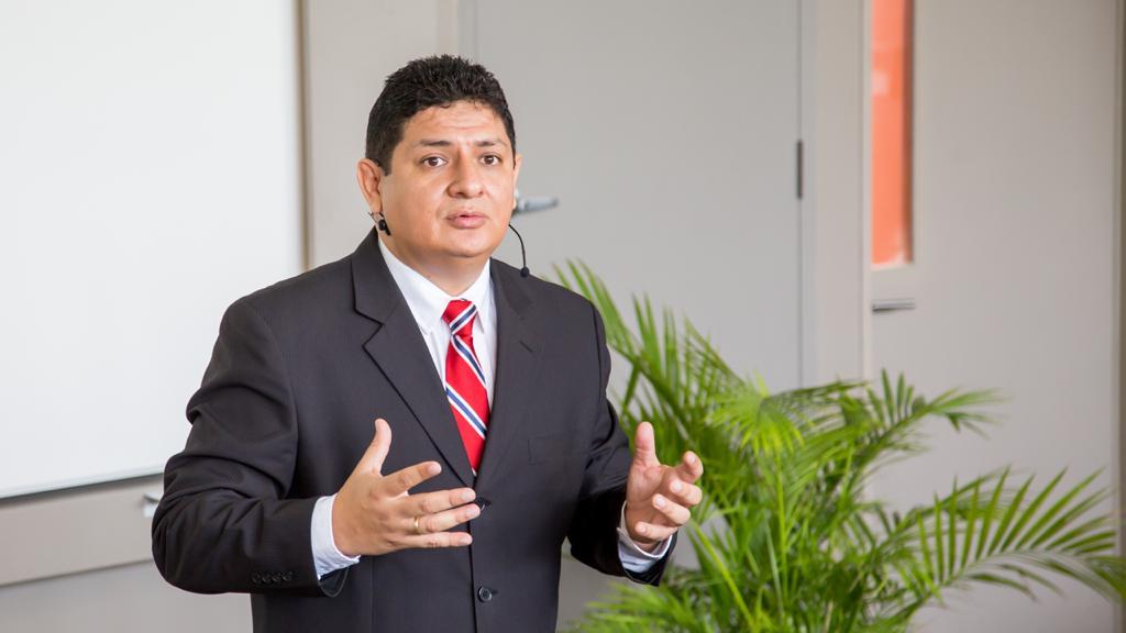 Javier Bereche es actual vicepresidente de la Cámara de Comercio y Producción y docente de la Universidad de Piura.