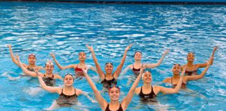 Nadadores peruanos
