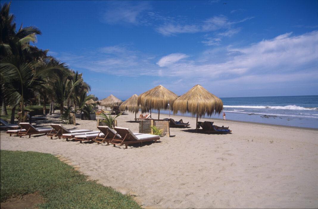 Piura apuesta por sus paradisiacas playas para reactivar el turismo seguro