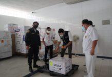 2 mil 340 dosis de la vacunas Pfizer llegó este lunes a la región Piura para inmunizar a los efectivos policiales contra la covid-19.