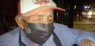 Abuelito de 79 años pide ayuda para pagar su silla de ruedas