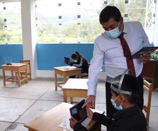 Piden implementar escuelas públicas para retorno de clases presenciales en Piura